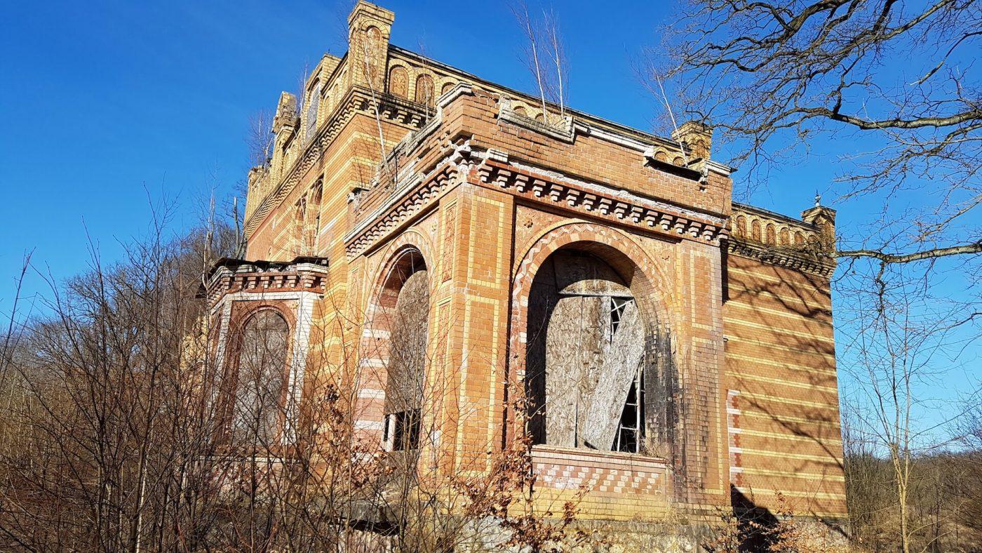 Gentzrode_Herrenhaus_Seitenfront_18.3.18 (1)